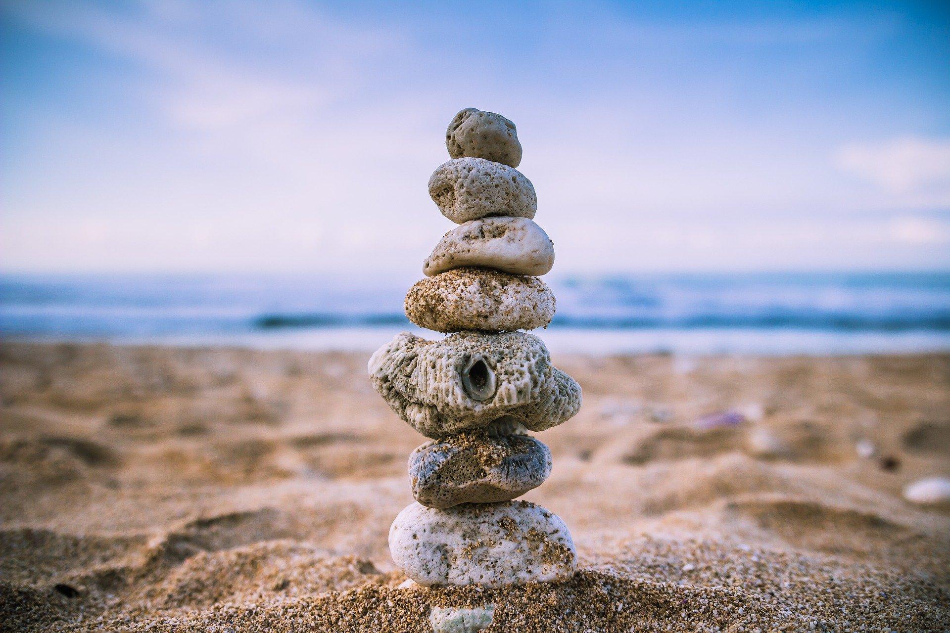 متوازن بلطافة وبحكمة