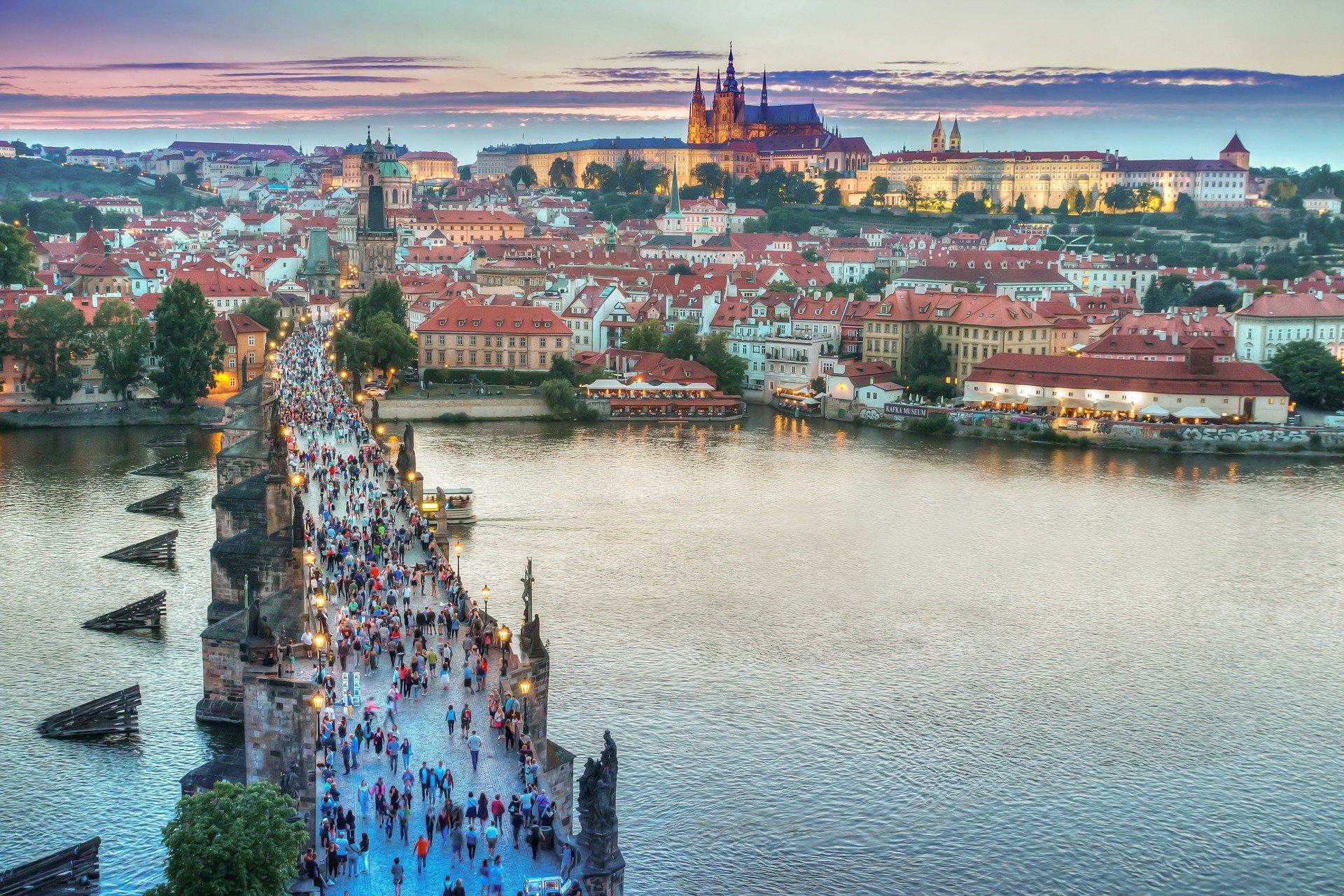 مدن وأفق -1- معلومات عامة